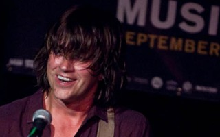 Rhett Miller and His Pretty Face Grace The Crocodile